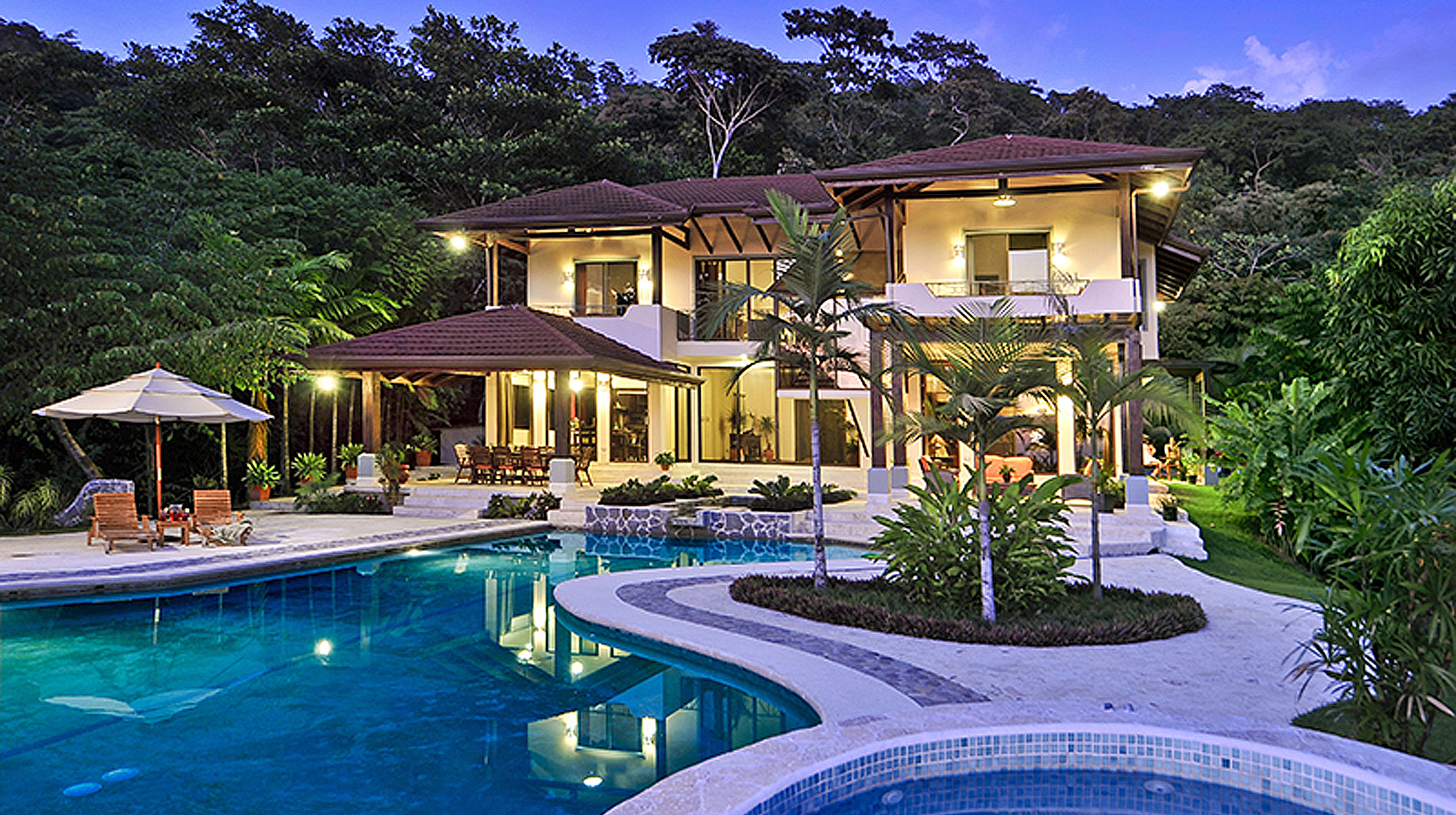 Luxury Beach Villas